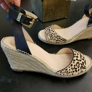 Vince Camuto leopard print wedge espadrills 8